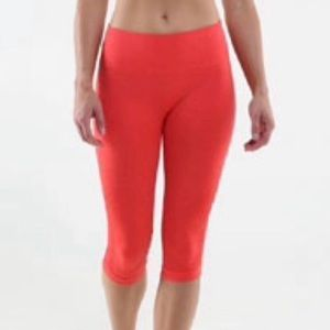 Lululemon In The Flow Crop ll Coral